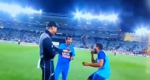 Martin Guptill Abuses Yuzvendra Chahal In Hindi