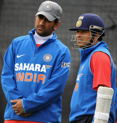 MS Dhoni With Sachin Tendulkar