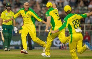 Ashton Agar hat-trick vs South Africa