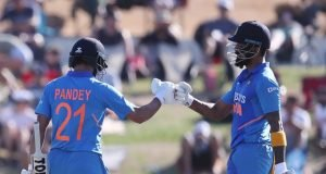 KL Rahul and Manish Pandey communicate in Kannada