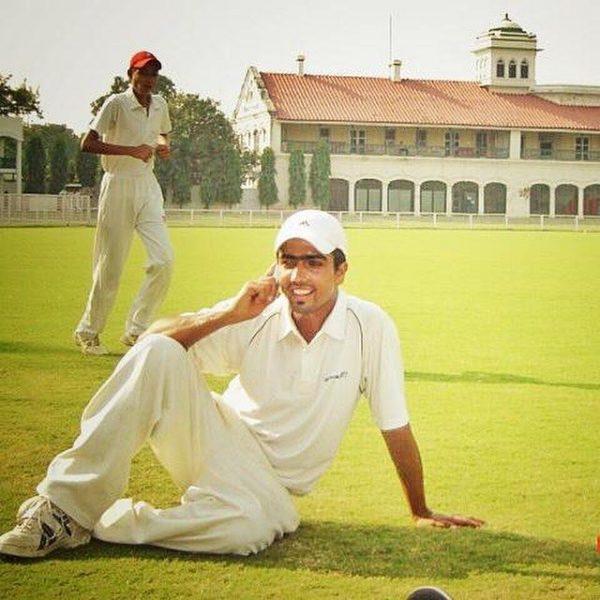 Punjabi singer Harrdy Sandhu Cricket