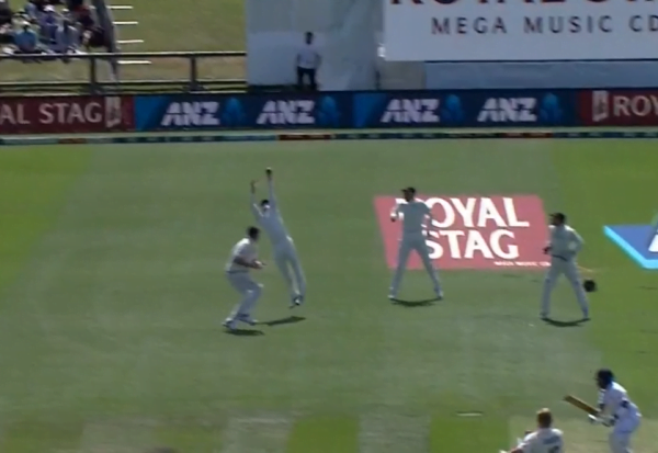 Tom Latham grabs breathtaking catch to dismiss Prithvi Shaw in Christchurch Test