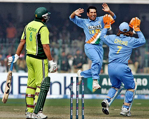 Our batsmen played for the team, Indian batsmen played for themselves, claims Inzamam-ul-Haq