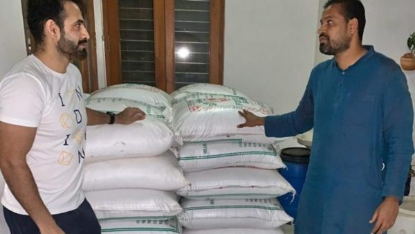 Yusuf and Irfan Pathan distribute 10000 kg rice and 700 kg potato