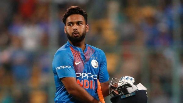 Rishabh Pant - Cricketers Who Can Lead Team India In The Future