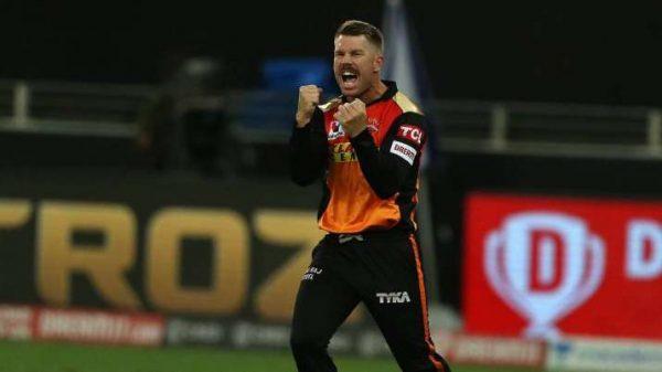 David Warner's Bowing in IPL 2020