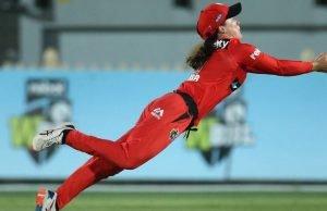 Courtney Webb extra ordinary flying catch stunned everyone