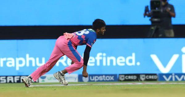 Chetan Sakariya stunning catch
