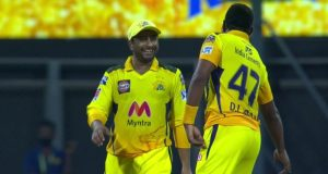 Dwayne Bravo Performing The Famous 'Vaathi Coming' Dance Step